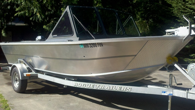 After using EDGE Marine Barrier And 8 Trips in Salt Water Boat Looks Great!